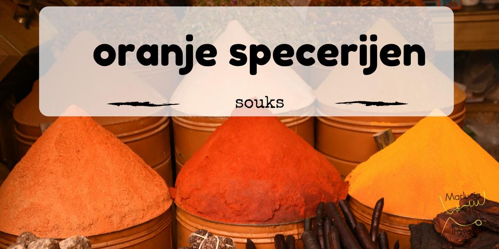 oranje specerijen uit Marokko